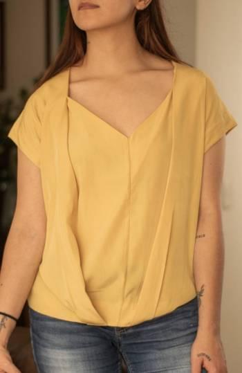 Foto Carousel Producto: Blusa color mostaza GoTrendier