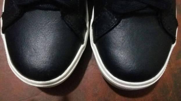 Foto Carousel Producto: Zapatos negros en cuero GoTrendier