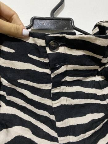 Foto Carousel Producto: Pantalon zebra  GoTrendier