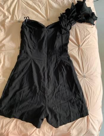 Foto Carousel Producto: Enterizo corto color negro GoTrendier