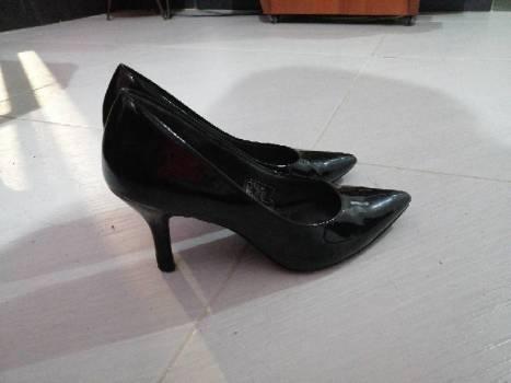 Foto Carousel Producto: Zapatos negros de tacon  GoTrendier