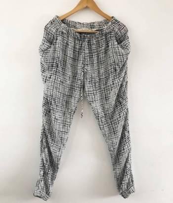 Foto Carousel Producto: Pant suelto gris  GoTrendier