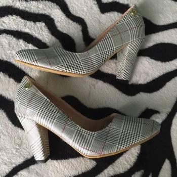 Foto Carousel Producto: Zapatos de tacon 8.5 cm de alto  GoTrendier