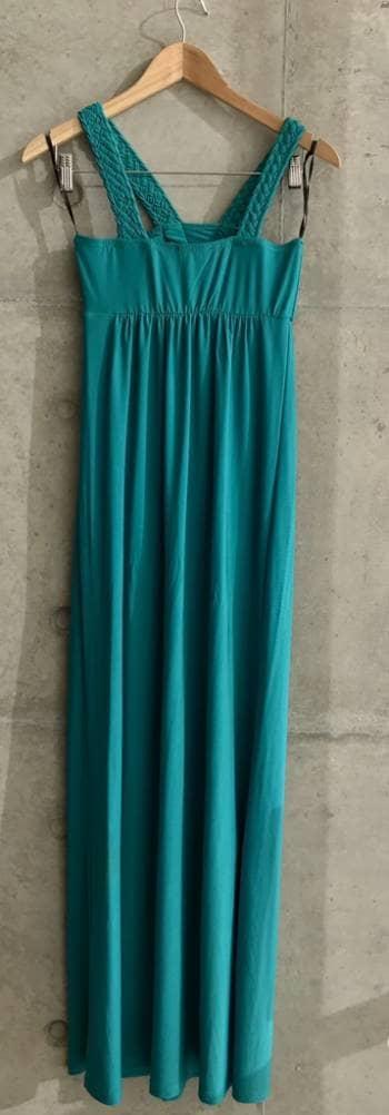 Foto Carousel Producto: Vestido playero con detalle escote. GoTrendier