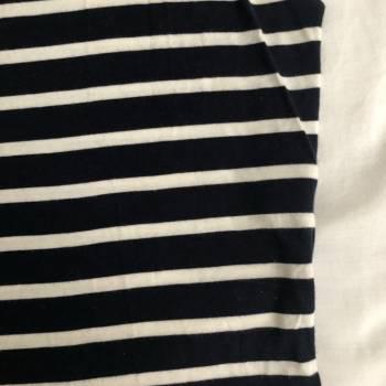 Foto Carousel Producto: Blusa Azul con rayas Blancas GoTrendier