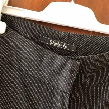 Foto Carousel Producto: Pantalon a rayas Studio F GoTrendier