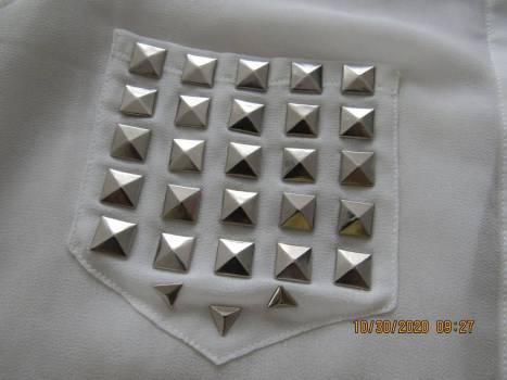 Foto Carousel Producto: Camisa color hueso, transparente GoTrendier