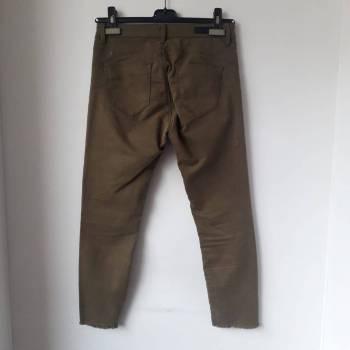 Foto Carousel Producto: Pantalón verde militar GoTrendier