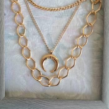 Foto Carousel Producto: Collar Triple luna GoTrendier