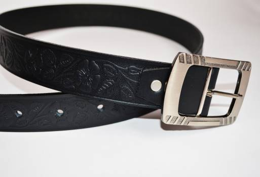 Foto Carousel Producto: Cinturón de cuero, Color negro GoTrendier