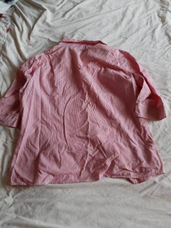 Foto Carousel Producto: Camisa Rosada a Rayas GoTrendier