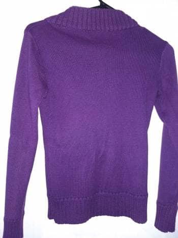 Foto Carousel Producto: Suéter morado oscuro GoTrendier