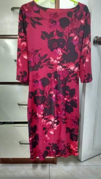 Foto Carousel Producto: Hermoso vestido rojo de flores GoTrendier