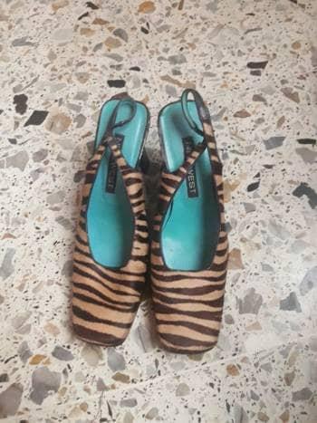 Foto Carousel Producto: Zapatos de tacón animal print GoTrendier