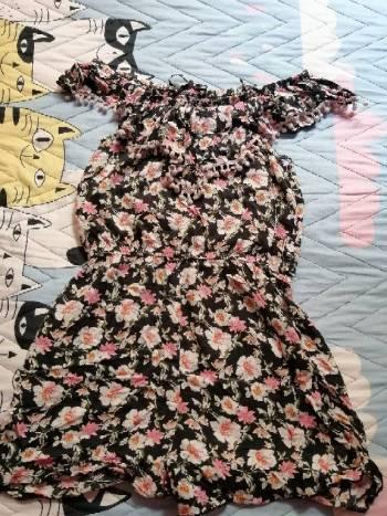 Foto Carousel Producto: Vestido de florez GoTrendier