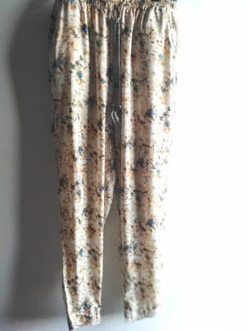 Foto Carousel Producto: Pantalon suelto de forever GoTrendier