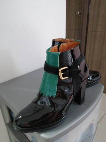 Foto Carousel Producto: Botines en piel Juana Francisca  GoTrendier
