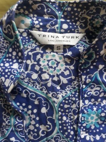 Foto Carousel Producto: Blusa Azul estampada Trina Turk GoTrendier