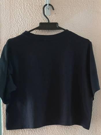 Foto Carousel Producto: Camiseta corta negra GoTrendier