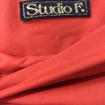 Foto Carousel Producto: Blusa en licra talla L pero no es grande GoTrendier