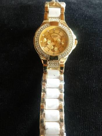 Foto Carousel Producto: Reloj hermoso  GoTrendier
