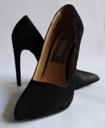 Foto Carousel Producto: Stilettos gamuza GoTrendier