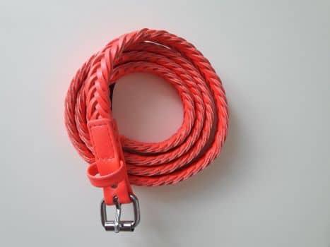 Foto Carousel Producto: Cinturón delgado trenzado Rosa neón GoTrendier