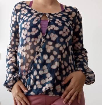 Foto Carousel Producto: Blusón semitransparente  GoTrendier