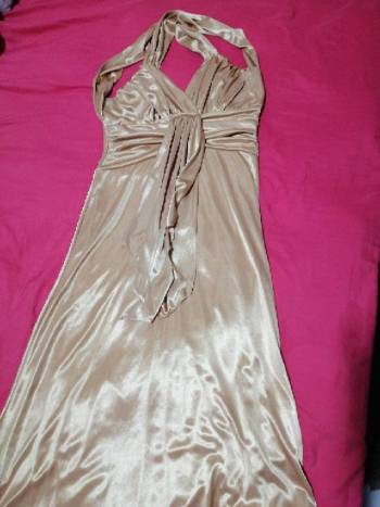 Foto Carousel Producto: Vestido dorado  GoTrendier