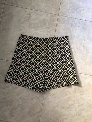 Foto Carousel Producto: High wasted shorts GoTrendier