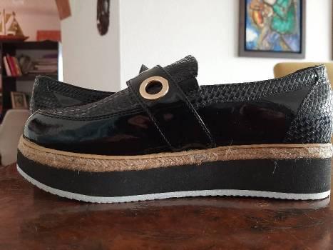 Foto Carousel Producto: Zapatos plataforma negro   GoTrendier