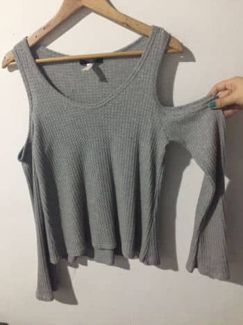 Foto Carousel Producto: Camisa hombro descubierto GoTrendier