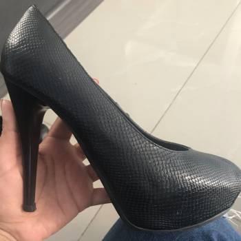 Foto Carousel Producto: Zapatos de tacon negro GoTrendier