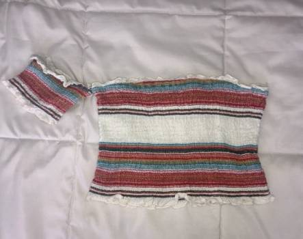 Foto Carousel Producto: Top tipo crochet Forever 21 GoTrendier