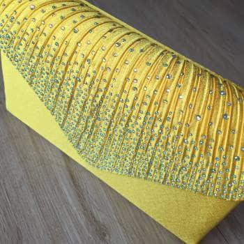 Foto Carousel Producto: Cartera amarilla para fiesta GoTrendier