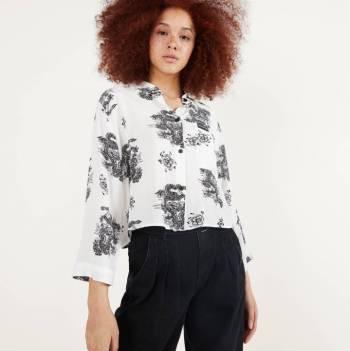 Foto Carousel Producto: Camisa Cropped con Estampado GoTrendier