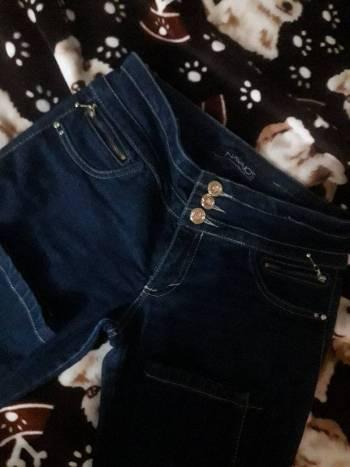 Foto Carousel Producto: Jeans marca navajos  GoTrendier