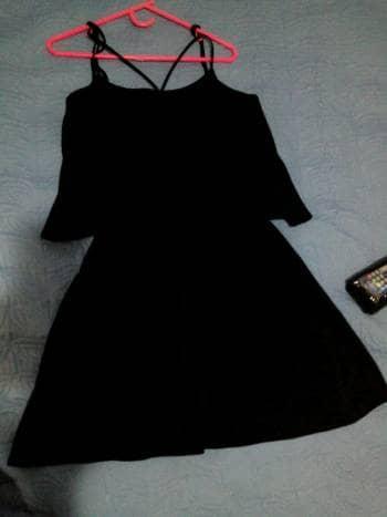 Foto Carousel Producto: Vestido negro liso GoTrendier