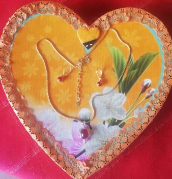Foto Carousel Producto: Aretes y collar de tortuga de yanbal GoTrendier