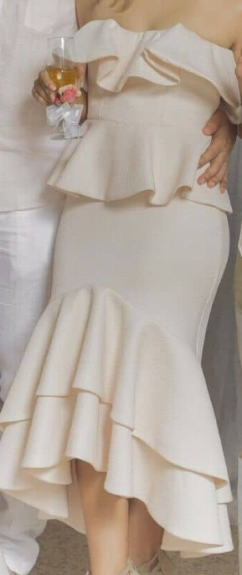 Foto Carousel Producto: Conjunto elegante de falda y crop top GoTrendier